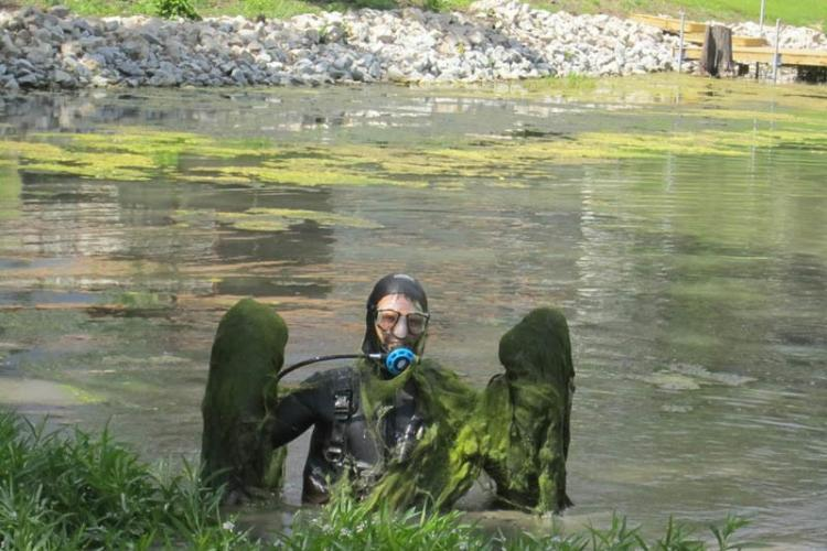 Pond And Lake Cleaning Muck Removal